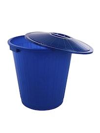Бак пластиковый с крышкой 70л.