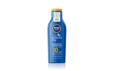 NIVEA SUN Kids 200ml sk30 Protect & Moisture Sun Lotion -aurinkosuojaemulsio