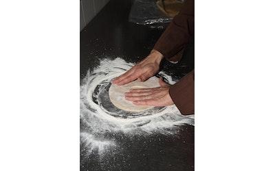 Leipätalo pizzapohja esikaulittu 18cm 180g x 51kpl raakapakaste