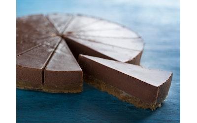 Rollfoods RAWA Raakakakku suklaa 980g 14 palaa vegaaninen gluteeniton pakaste