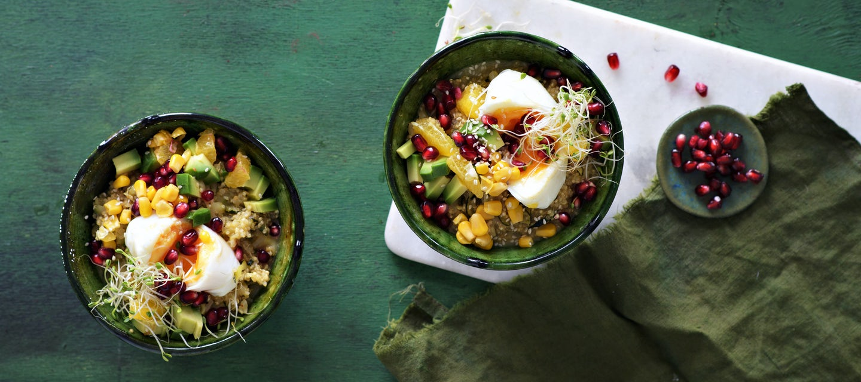 Värikäs kvinoarisottobowl