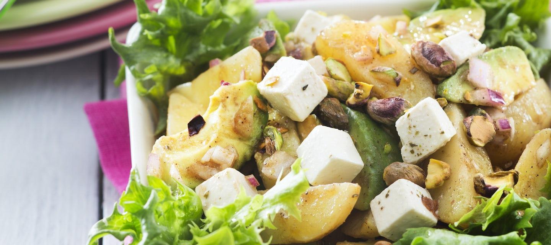 Peruna-fetajuustosalaatti