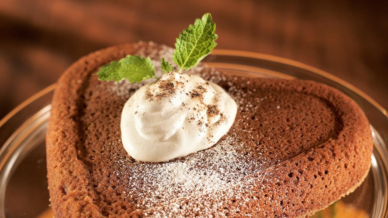 Suklaakakku ja kardemummavaahto