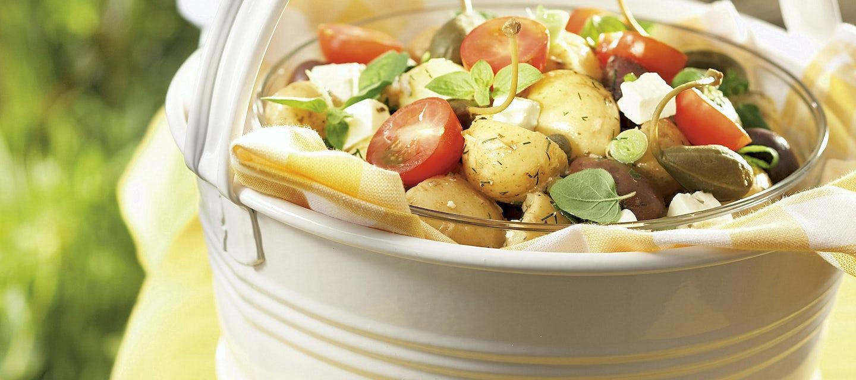 Kreikkalainen peruna-fetasalaatti