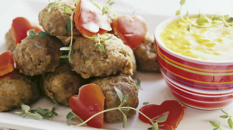 Lihapullat ja currykastike