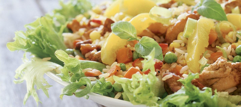 Broileria salaattipedillä