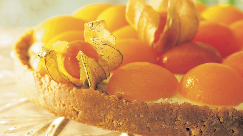 Valkosuklaa-aprikoositorttu