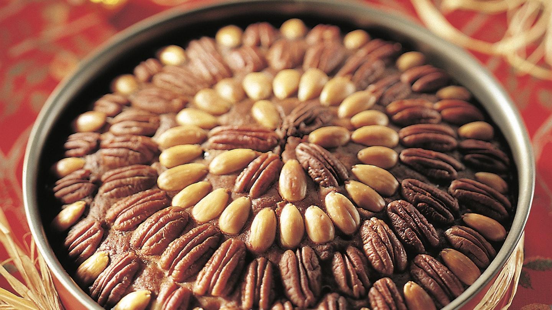 Pähkinä-hedelmäkakku