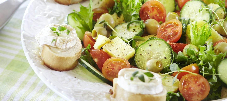 Ranskalainen vuohenjuusto-perunasalaatti