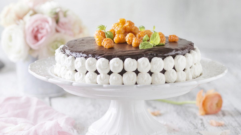 Suklaa-lakkakakku