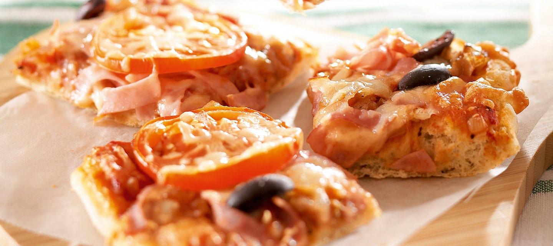 Sipuli-kinkkupizza, pellillinen