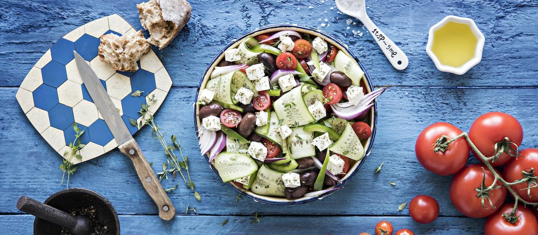 Horiatiki-salaatti