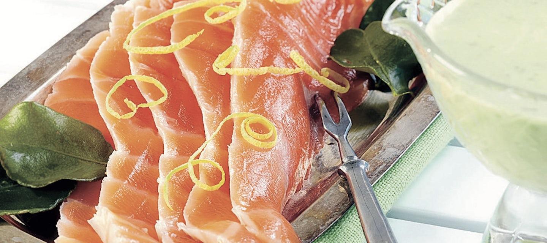 Jääkellarin sitruunalohi ja wasabi-hernekastike
