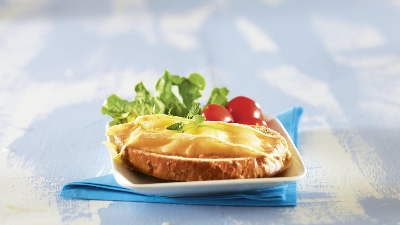 Lämpimät päärynä-juustoleivät