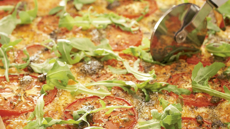 Mozzarella-tomaattipizza
