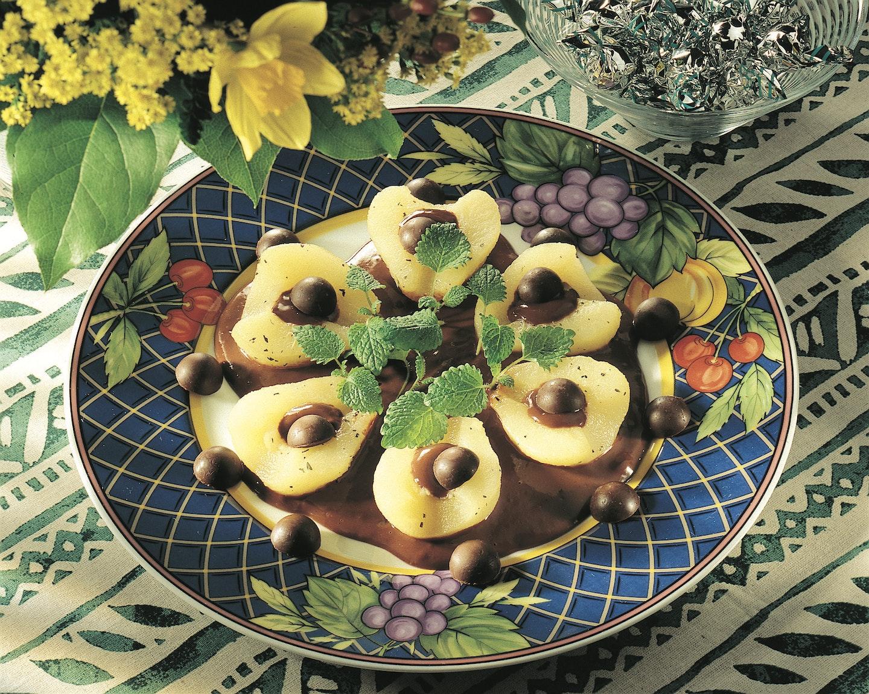 Minttusuklaakastiketta ja päärynöitä