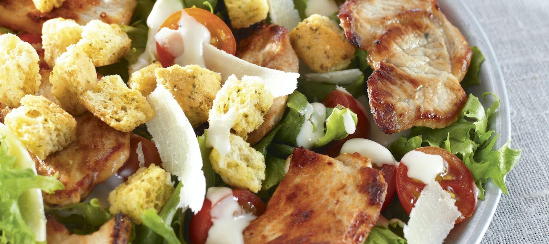 Caesarsalaatti porsaanfileestä