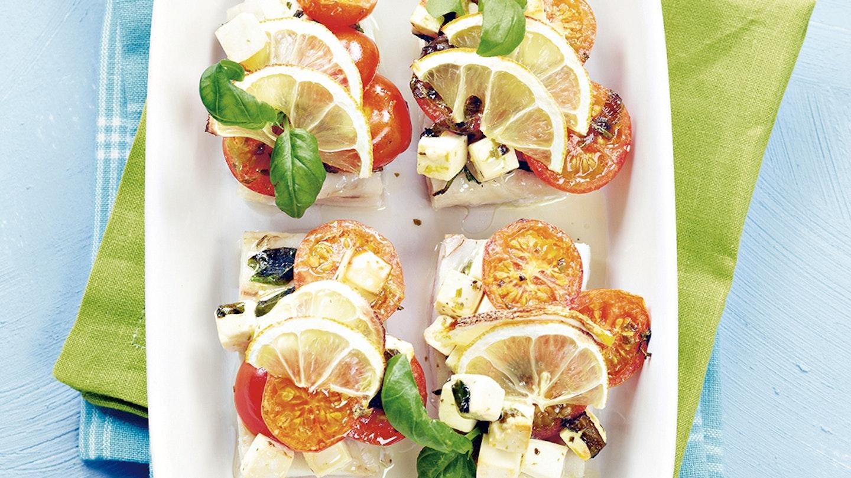 Välimeren sitruuna-tomaattikala