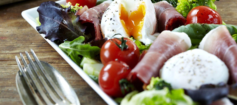 Uppomunat salaattipedillä