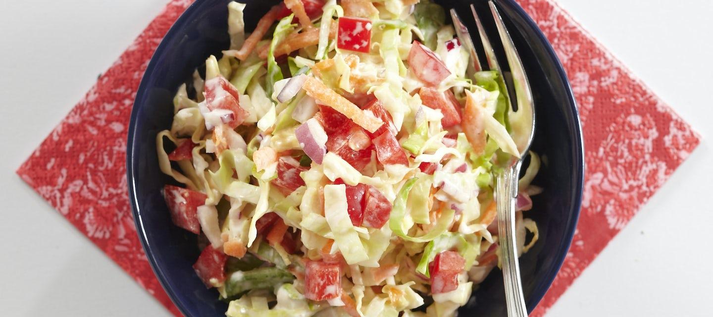 Värikäs coleslaw