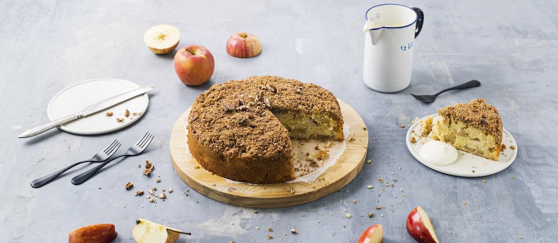Omena-pekaanipähkinäkakku