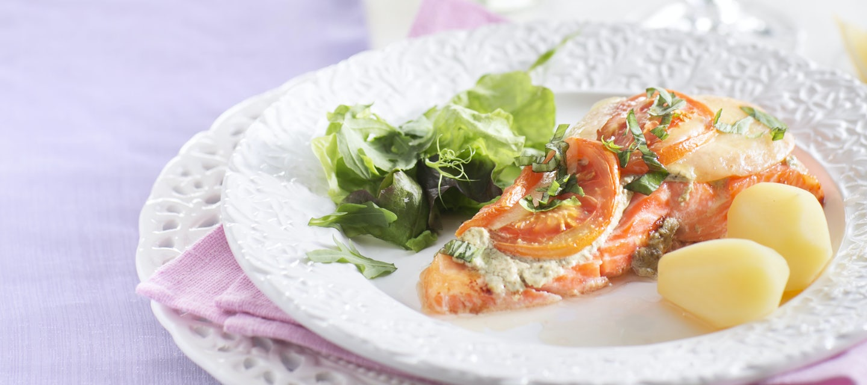 Tomaatti-salvialohi