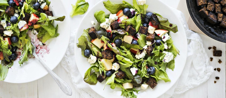 Mustikkainen salaatti