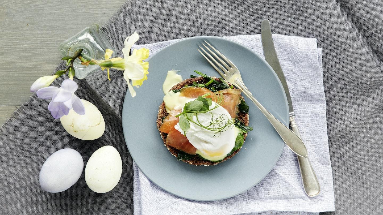 Rukiinen Eggs Benedict