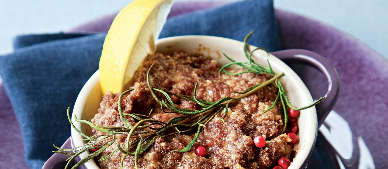 Yrtti-jauhelihamureke ja bataatti perunamuusi
