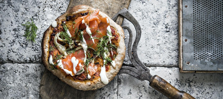 Rukiinen lohipizza