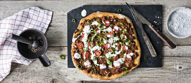 Pizza Bolognese (artesaanipohja)
