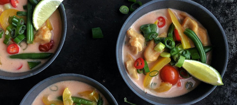 Thaimaalainen MiFU-keitto