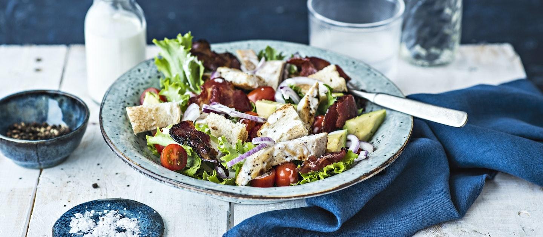 BLT-salaatti