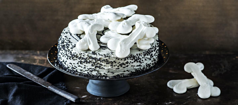 Halloween suklaakakku