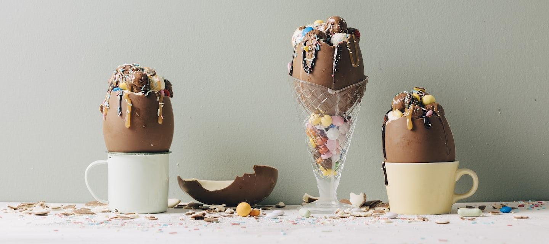 Jäätelöllä täytetyt suklaamunat