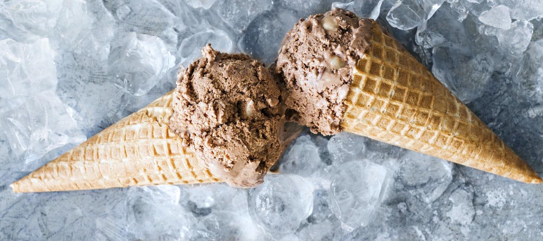 Suklaa-keksijäätelö