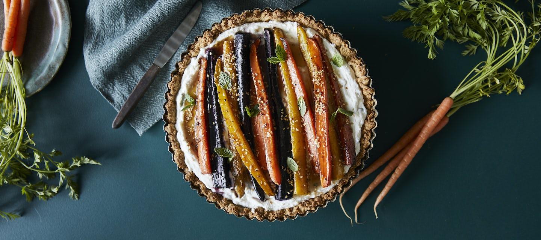 Värikäs porkkanapiirakka