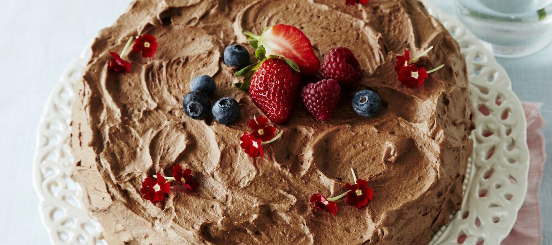 Mansikka-suklaakakku
