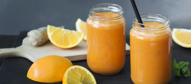 Appelsiini-porkkana-inkiväärimehu