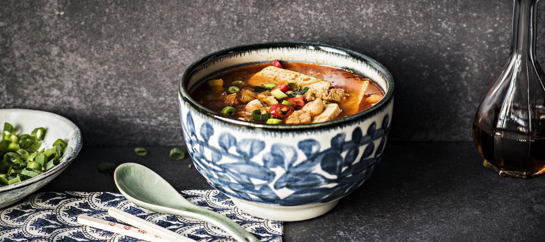 Kimchi Jigae eli korealainen porsaanlihakeitto