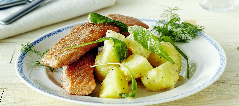 Rukiiset lohipalat ja rucola-perunasalaatti