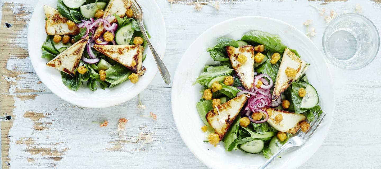 Lakka-grillijuustosalaatti