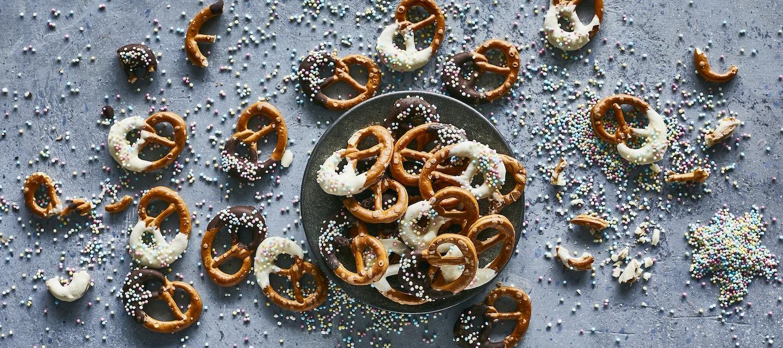 Suklaiset minipretzelit