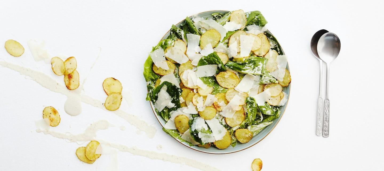 Caesar-perunasalaatti