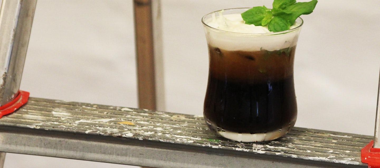 Minttu-kookos cold brew