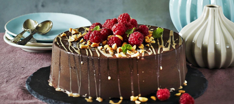 Maapähkinä-suklaajäätelökakku