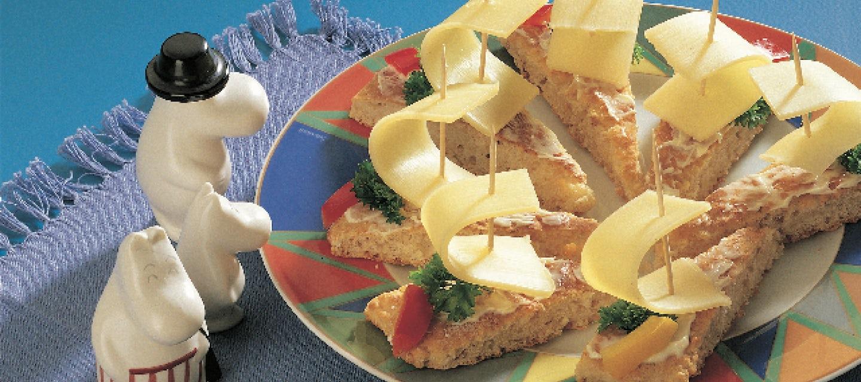 Nopeat kauraleipäset juustopurjeilla