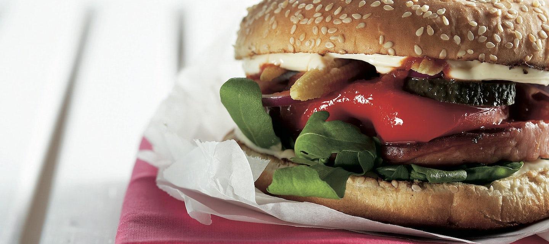 Chilimakkaraburgerit