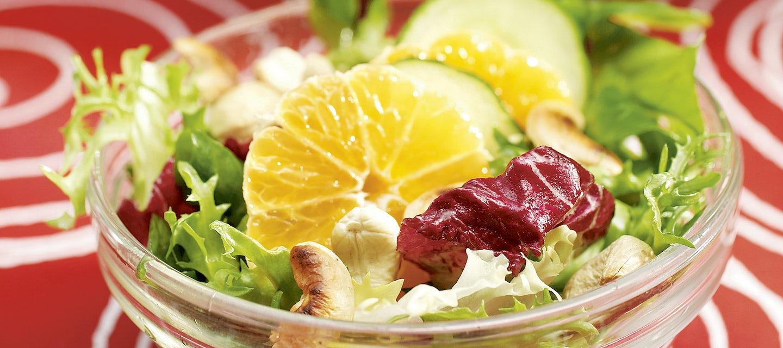 Sitrus-kurkkusalaatti