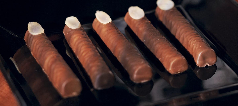 Halloween suklaasormet